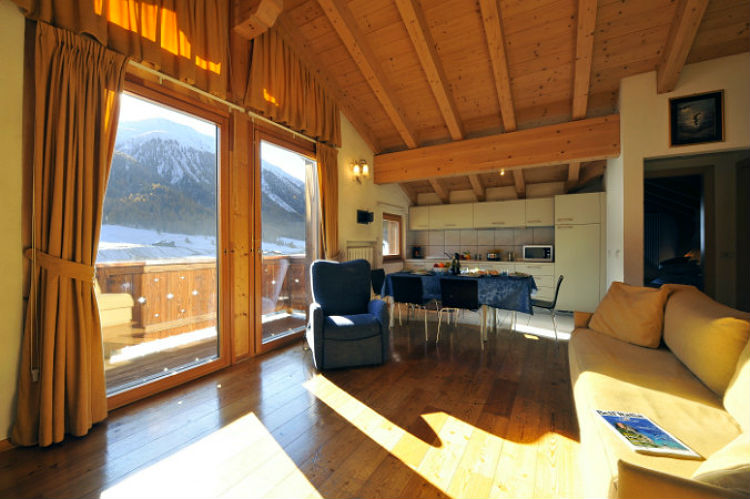 Ski Chalet Apartment Civetta In Livigno Italy